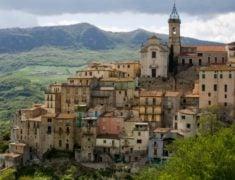 Abruzzo Holidays and Tours