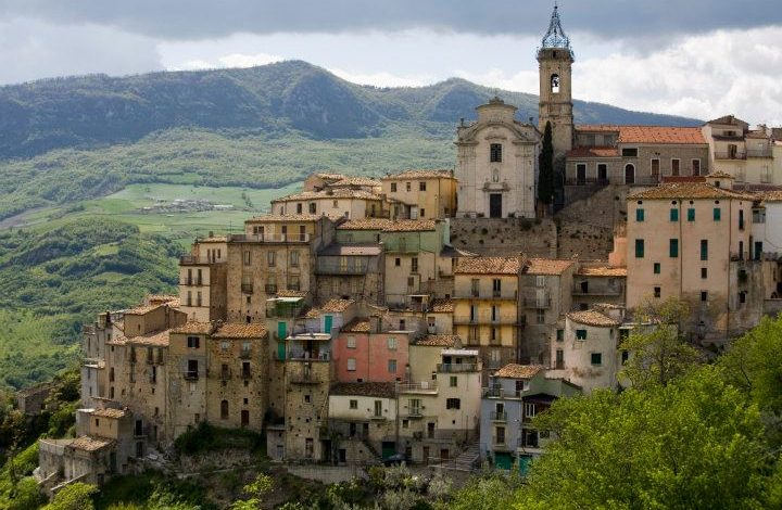 Abruzzo Holidays and Tours