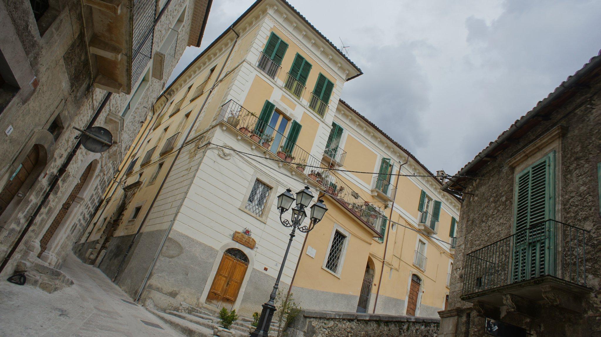Abruzzo Italy Pictures Pacentro Abruzzo Italy