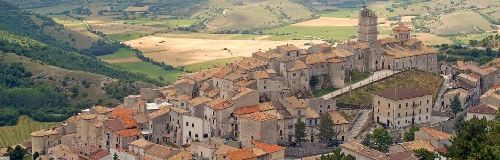 Castel del Monte Abruzzo | Castel del Monte Abruzzo Itay