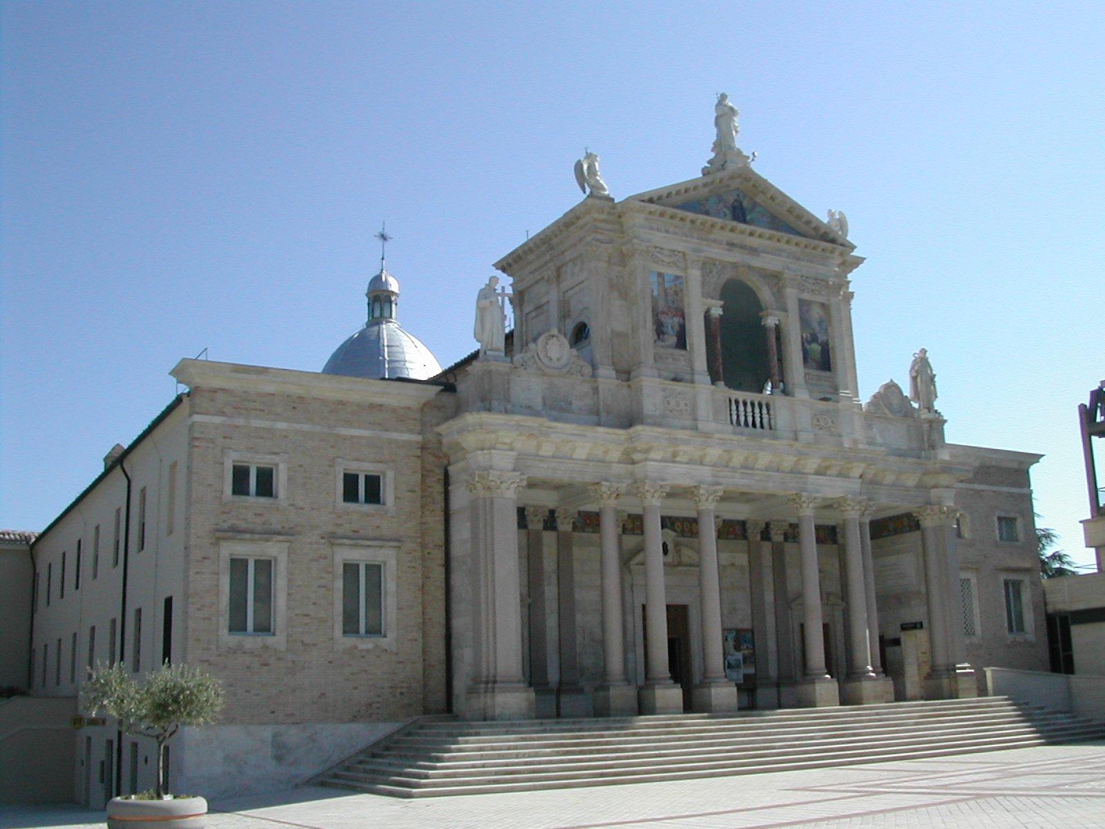 Santuario_San_Gabriele_dell'Addolorata_Abruzzo