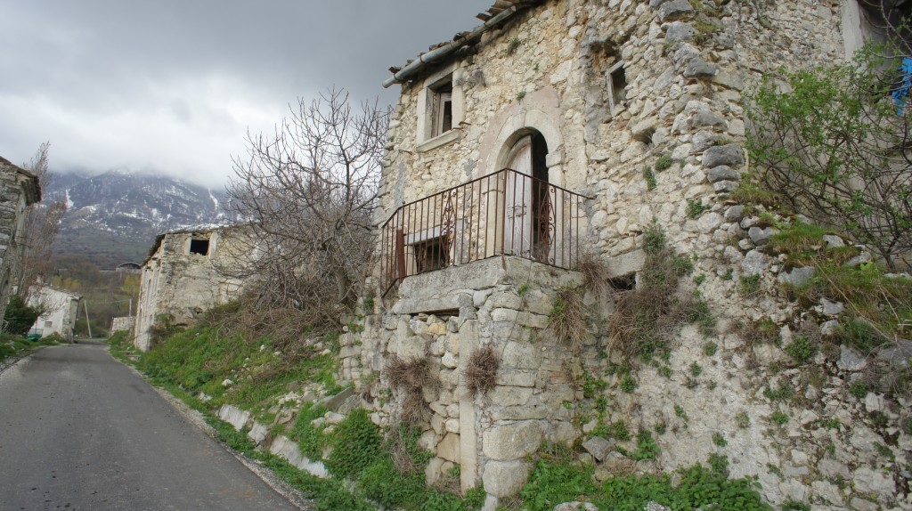 abruzzo villas - photo#22