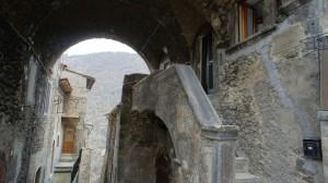 Scanno-Abruzzo-Scanno-Italy-11-1024x574